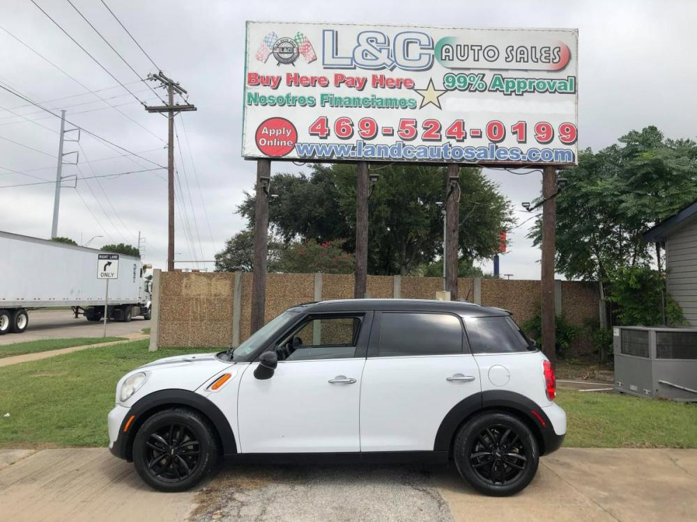 2011 White MINI Cooper Clubman Base (WMWZB3C55BW) with an 1.6L L4 DOHC 16V TURBO engine, Auto transmission, located at 1830 North Belt Line Road, Irving, TX, 75061, (469) 524-0199, 32.834373, -96.993584 - Photo #0